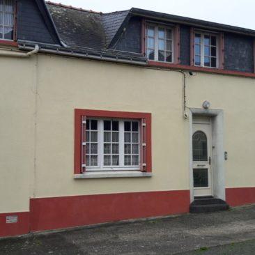 LE PALAIS- Maison d 'HABITATION- 7743-